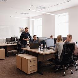 Biura, pomieszczenia socjalne(kuchenki), toalety